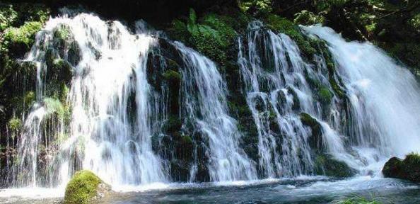 元滝伏流水(もとたきふくりゅうすい)